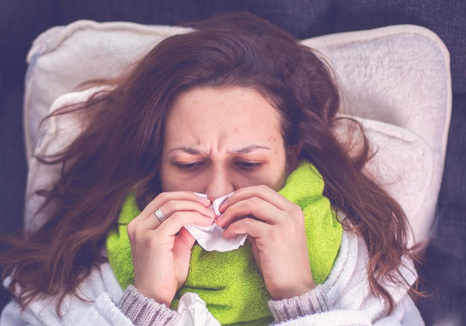 Dolor de garganta por tomar agua fria