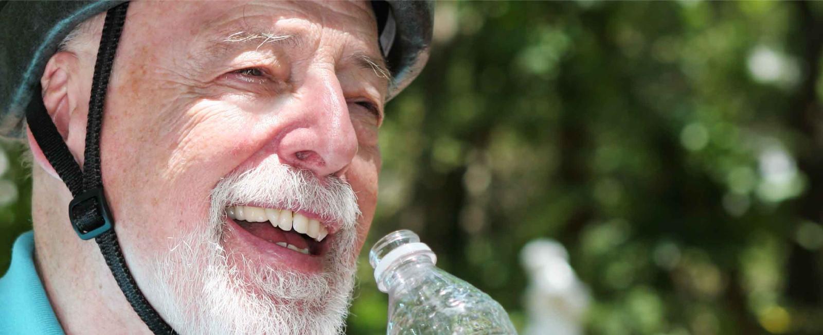 Hidratación en la tercera edad   Agua MIneral Natural