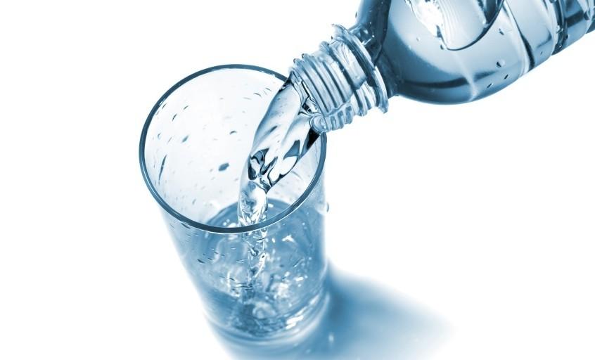 hidratacion-natural-agua-mineral-la-forma-mas-natural-y-saludable-de-hidratarse-12