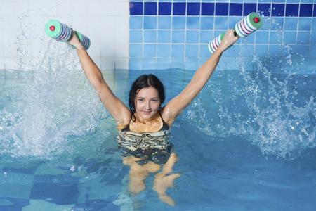 deportes bajo el agua