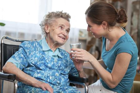 consejos hidratación en mayores