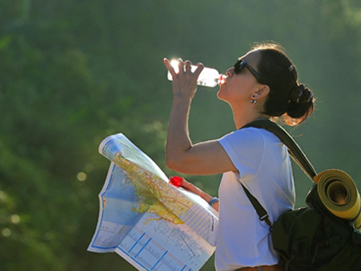viajar hidratación saludable